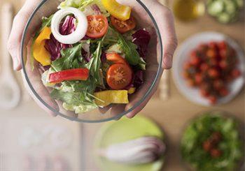 Mitos sobre a alimentação durante o tratamento contra o câncer